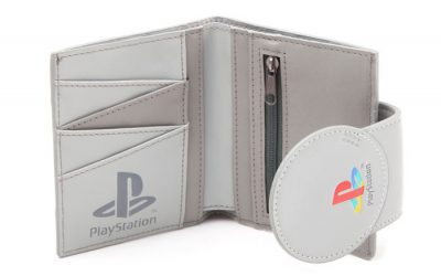 The Playstation Wallet Review