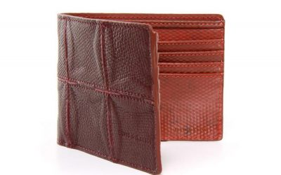 Elvis & Kresse Fire & Hide Wallet Review