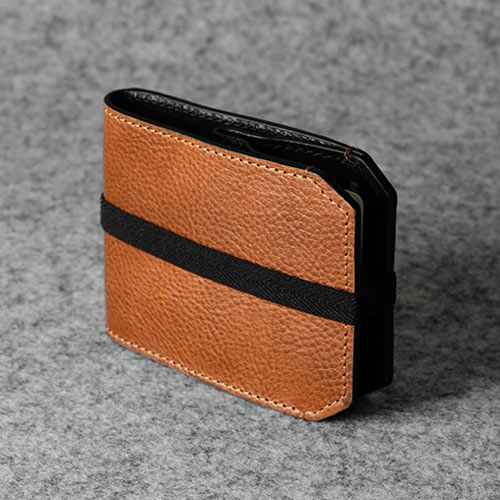 Hardgraft-outside-wallet