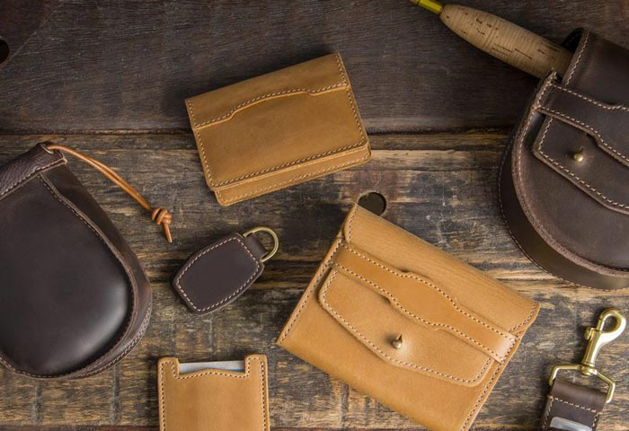 Saddleback-wallet-range