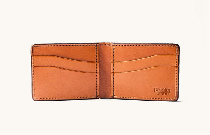 Utility-Bifold-by-Tanner-Goods